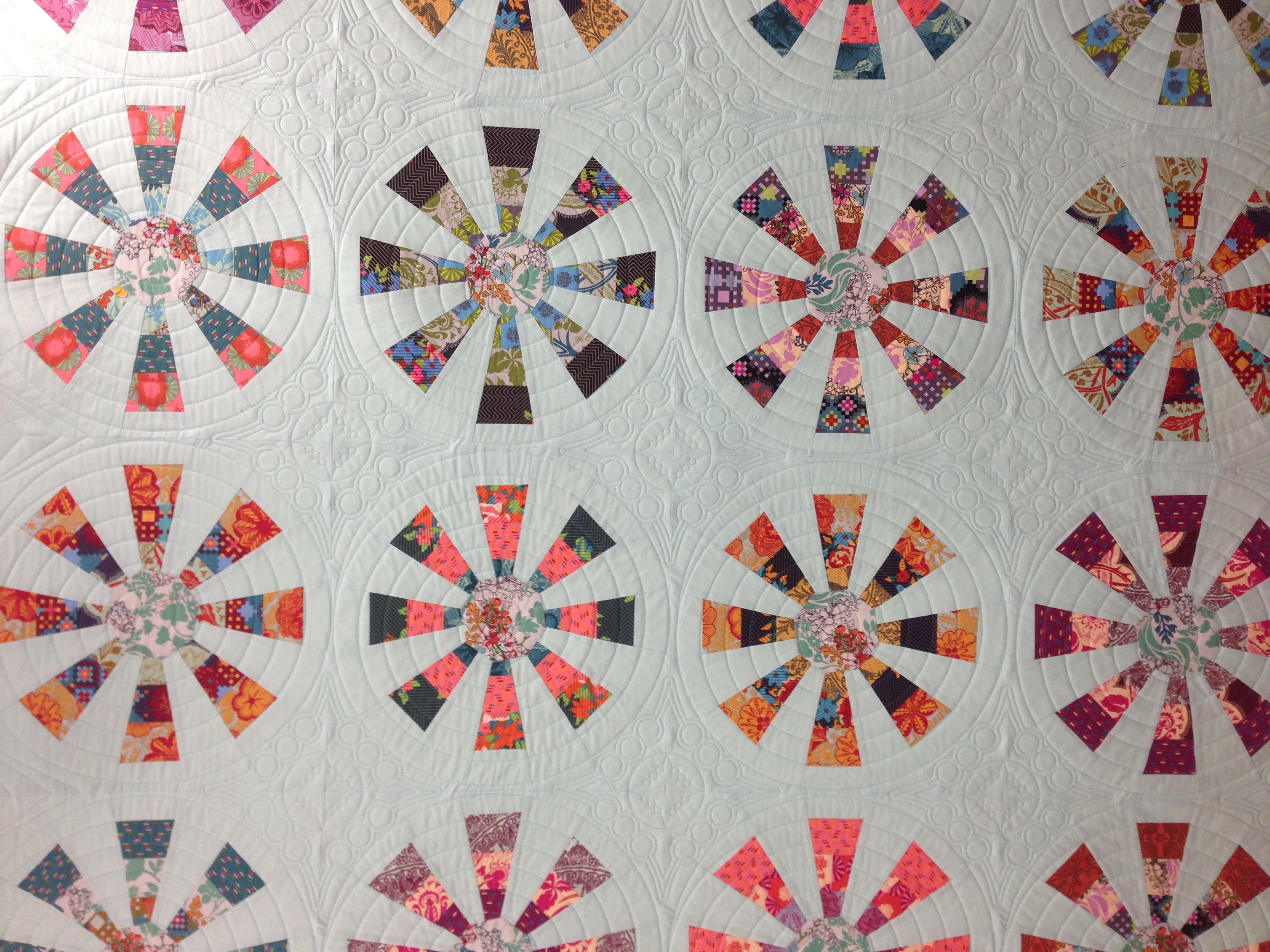 Merry-Go-Round   ginabeanquilts : merry go round quilt pattern - Adamdwight.com